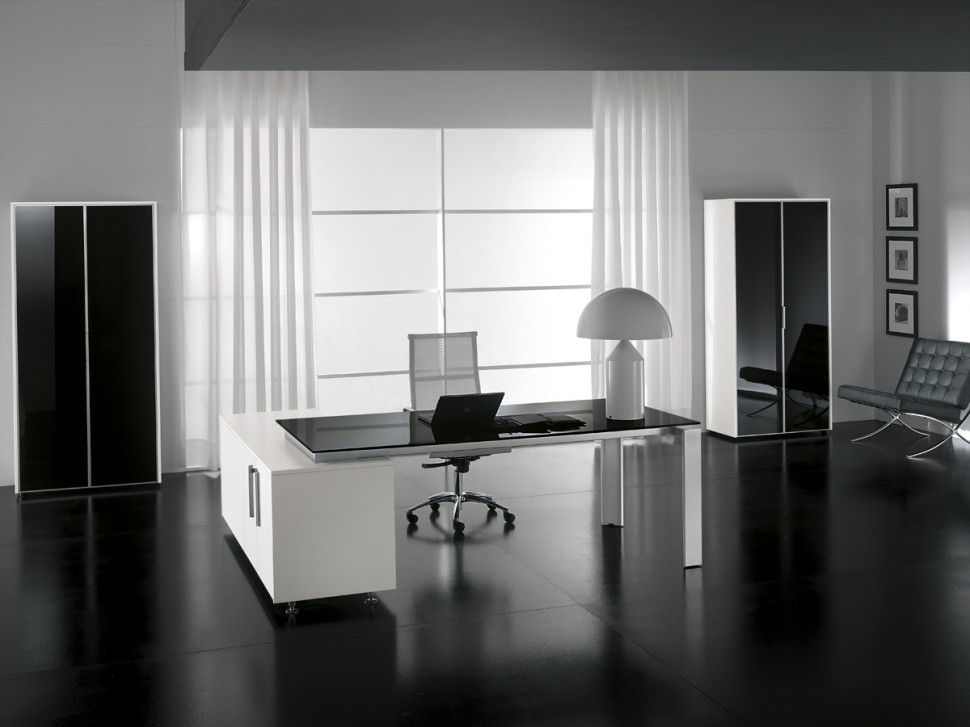 bureau direction au design italien sur aix en provence. Black Bedroom Furniture Sets. Home Design Ideas